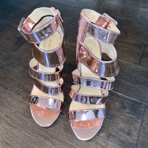 Qupid  Rose Gold Chrome High Heels 8.5